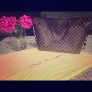 Authentic Louis Vuitton GM Damier Ebene Neverfull